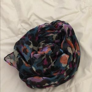 lovely multicolored leopard print scarf